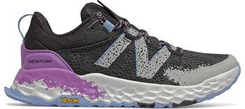 New Balance Zapatilla Hierro v5 Performance Trail mujer