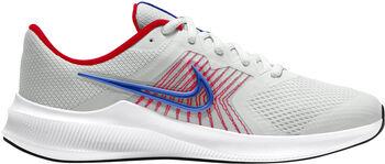 3, 2, 1, ¡ADELANTE! Las Nike Downshifter 11 marcan el ritmo con una comodidad superligera para tu próxima carrera (o cuando estés en el patio). Son transpirables, acolchados y resistentes donde se necesita, así que la única pregunta es: ¿cómo de rápido eres?