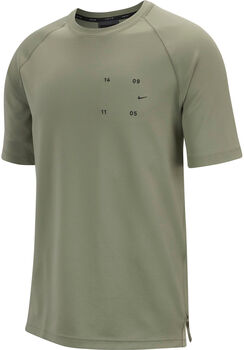 Nike Camiseta m/cNSW TCH PCK TOP SS hombre