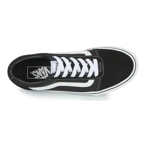 Sneakers Ward