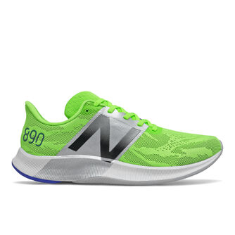Zapatillas running 890 v8
