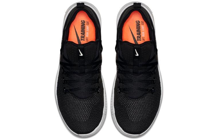 865c86701b Al mismo tiempo, para evitar que el pie se mueva dentro de la zapatilla  durante el entreno, Nike ha ideado un sistema de cordones que ofrece un  ajuste ...