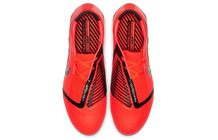 9fe0263befd70 Novedades  las mejores botas de fútbol de 2019 – Blog Intersport